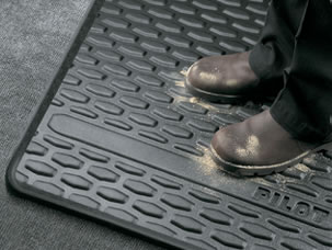 BLACK ALL-SEASON FLOOR MATS (part number:)